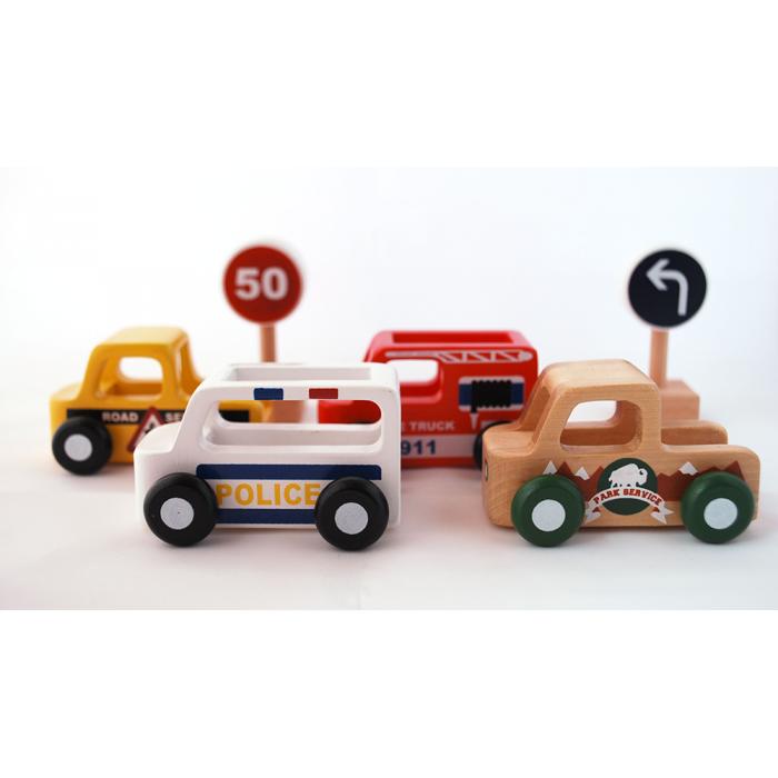 Masinuta din lemn - masina de inghetata - Moover Toys